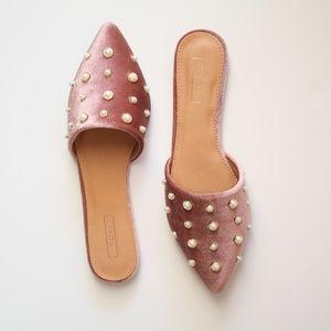 [NORDSTROM] Yoki Blush Pink Velvet Pearl Mule
